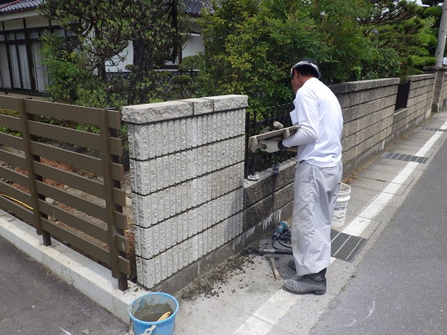 s-破損したブロック塀修理 (21)