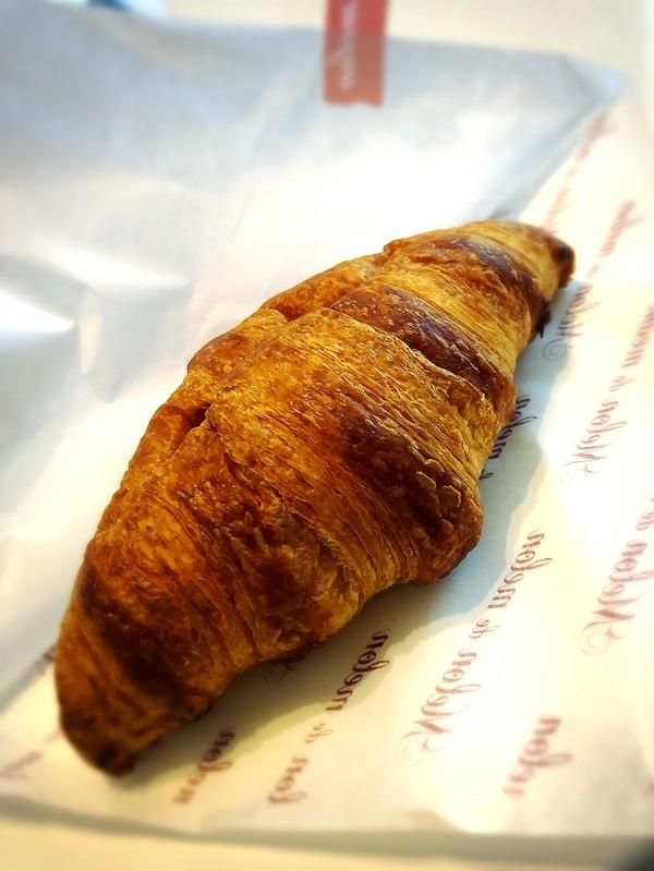 【追記】メロンパン専門店『メロン・ドゥ・メロン』バターが広がるクロワッサンが絶品!!