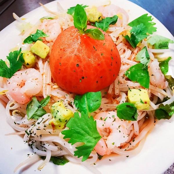 夏におすすめ冷たい麺の店【多国籍バル Gado gado(ガドガド)】