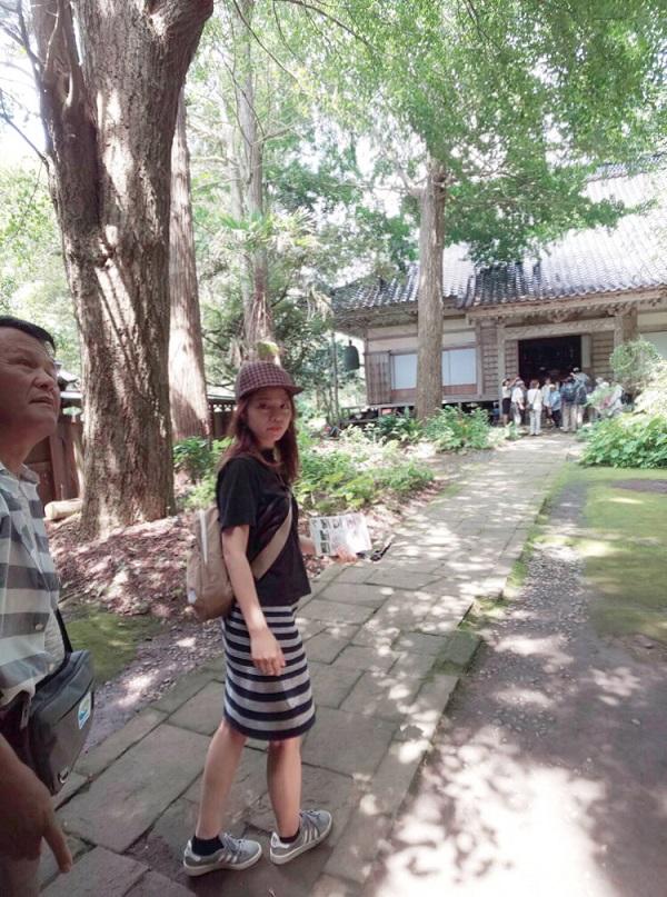 町の一番奥まで進むと称光寺という寺院があります。