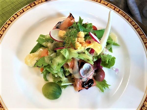 トスカーナバイオレットアルプスあずみの公園近くレストランRotisserie Le Bonheur(ロティスリー ル・ボヌール)のランチで気軽にコースフレンチが楽しめるメニュー