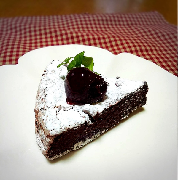 板チョコで作れる♥ふんわり大人なガトーショコラ🎂の美味しいレシピ